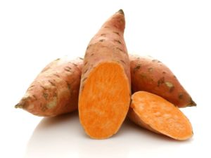 The Ultimate Airedale Food Buyer's Guide | Sweet Potato | Dogfood.guru